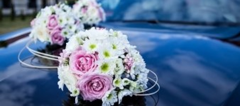 Questions You Should Ask When Booking Chauffeured Wedding Transportation!